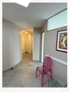 salle d'attente cabinet de podologie catherine MARTIN DESFARGES 9 rue philisboug BRUNOY